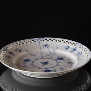 Blue traditional flat plate 21 cm full lace, Bing & Grondahl | No. 1415621-B | Alt. 15-326,6 | DPH Trading