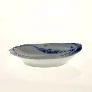 Empire tableware mussel shaped dish, 9 cm