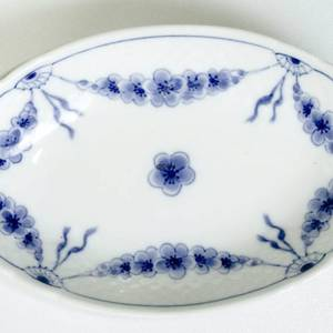 Empire tableware oval pickle dish 18cm, Bing & Grondahl | No. 1425349 | Alt. 4825-349 | DPH Trading