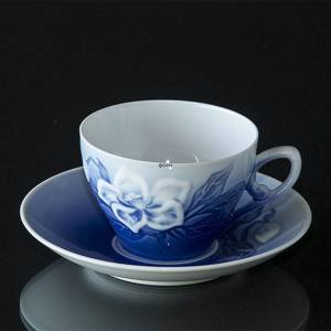 Coffee cup WITH saucer Christmas rose Service Bing & Grondahl | No. 1435071 | Alt. 4835-305 | DPH Trading