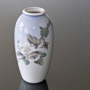 Vase with Flower, Apple Bough, Royal Copenhagen | No. 1629756 | Alt. R2629-2129 | DPH Trading