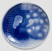 Desiree Svend Jensen Christmas Plates 1971