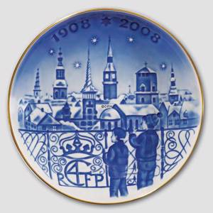 2007 Centennial plate, Royal Copenhagen, Christmas Eve in Copenhagen | Year 2007 | No. 1914107 | DPH Trading