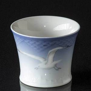 Service, Seagull Service without gold, small vase, Bing & Grondahl | No. 3-219-U | Alt. 3-676-U | DPH Trading