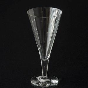 Holmegaard Clausholm Redwine Glass, 27 cl. | No. 3130200 | DPH Trading