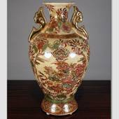 Chinese vase with flower
