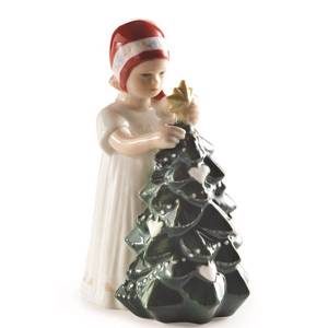 Else Girl with Christmas tree, Royal Copenhagen | No. 5021096 | DPH Trading
