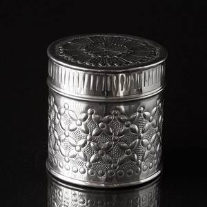 Box with pattern, small, nickel 10 x 10 cm