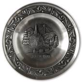 1978 Astri Holthe Norwegian Pewter Christmas plate, Stave Church