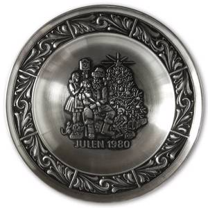 1980 Astri Holthe Norwegian Pewter Christmas plate, Visit by Santa Claus | Year 1980 | No. AHX1980 | DPH Trading