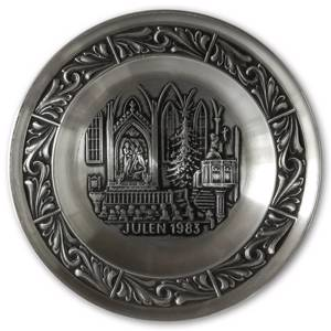 1983 Astri Holthe Norwegian Pewter Christmas plate, Christmas sermon in the Church | Year 1983 | No. AHX1983 | DPH Trading