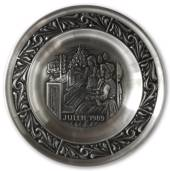 1989 Astri Holthe Norwegian Pewter Christmas plate, Christmas hymns on the ...