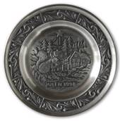 1998 Astri Holthe Norwegian Pewter Christmas plate, Visit from the Forest