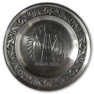 2005 Astri Holthe Norwegian Pewter Christmas plate, Christmas Pot | Year 2005 | No. AHX2005 | DPH Trading