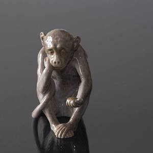 Small monkey with tortoise, the philosopher, Bing & Grondahl figurine | No. B1510 | DPH Trading