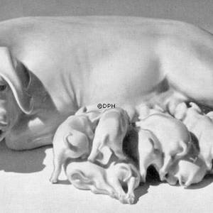 Sow with eight piglets, Bing & Grondahl figurine | No. B1583 | DPH Trading