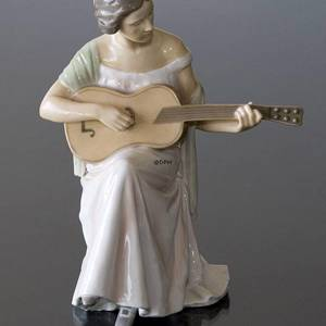 Woman with Guitar, Bing & Grondahl musical figurine no. 1021416 / 1684 | No. B1684 | Alt. 1021416 | DPH Trading