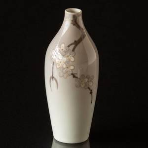 Vase with Apple Twig, Bing & Grondahl No. 175-5009 | No. B175-5009 | DPH Trading
