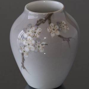 Vase with Apple Twig, Bing & Grondahl | No. B175-5012 | DPH Trading