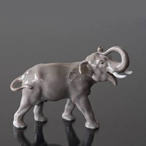 Elephant with its trunk raised, Bing & Grondahl figurine | No. B1806 | DPH Trading