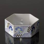 Bowl 12cm, White with blue flowers, Bing & Grondahl