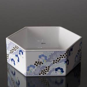 Bowl 20cm, White with blue flowers, Bing & Grondahl | No. B1817-5474 | DPH Trading