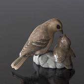 Sparrow feeding its young, Bing & Grondahl bird figurine No. 1869