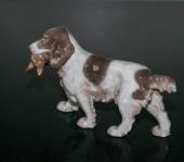 Apporting Cockerspaniel bringing back the prey, Bing & Grondahl dog figurin...