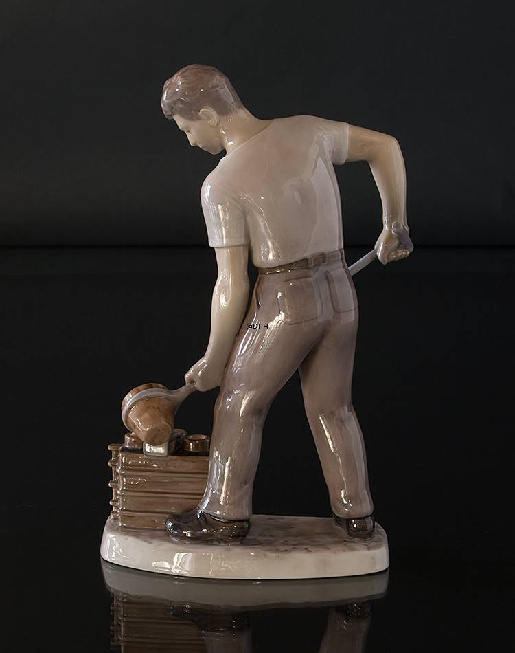 dating bing and grondahl figurines