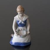 Girl with Garland, Flower's of April, Bing & Grondahl figurine