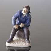 Fisherman sitting with pipe, Bing & Grondahl figurine no. 1021489 / 2370