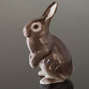 Brown rabbit standing keeping watch, Bing & Grondahl figurine No. 2423 | No. B2423 | DPH Trading
