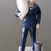 Mariner in service uniform with sailor's bag, Bing & Grondahl figurine, Roy...