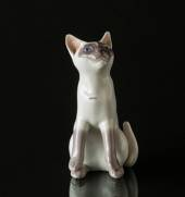 White Siemese cat, Bing & Grondahl cat figurine