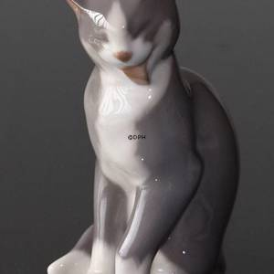 Grey cat, Bing & Grondahl cat figurine | No. B2465 | DPH Trading