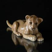 Lion Cub, lying down, Bing & Grondahl figurine No. 2528