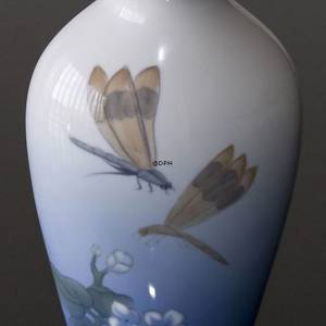 Vase with dragon fly, Bing & Grondahl | No. B261-5239 | DPH Trading