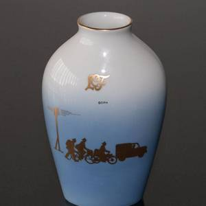 Vase with gold decoration, Bing & Grondahl No. 5239-7005 | No. B5239-7005 | DPH Trading