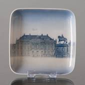 Tray with Amalienborg, Bing & grondahl no. 1300-6531