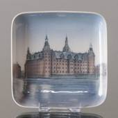Dish with Kronborg Castle, Bing & Grondahl No. 537-455
