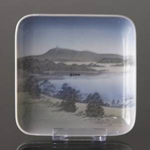 Dish with The Sky Mountain (Himmelbjerget), Bing & Grondahl No. 584-455 | No. B584-455 | Alt. b1300-6584 | DPH Trading
