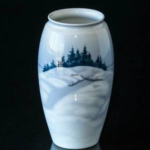 Vase with Winter Scenery, Bing & Grondahl | No. B640-5254 | DPH Trading