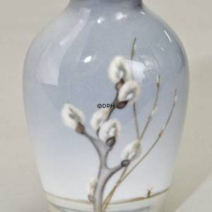 Relief-vase with willow, Bing & Grondahl | No. B7773-239 | DPH Trading