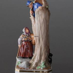 The Tinderbox The Soldier and the Witch by the hollow Tree, Bing & grondahl overglaze figurine | No. B8051-O | Alt. B8051 | DPH Trading