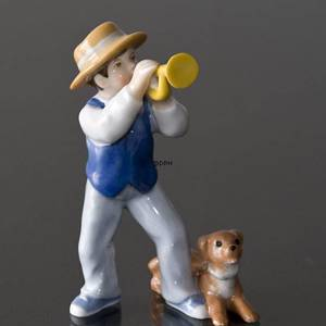 Carl playing trumpet, Bing & Grondahl annual figurine 2010