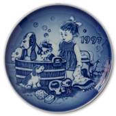 1997 Bing & Grondahl, Children's Day Plate
