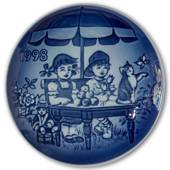 1998 Bing & Grondahl, Children's Day Plate
