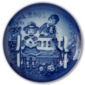 2001 Bing & Grondahl, Children's Day Plate