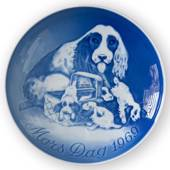 Cockerspaniel with puppies 1969, Bing & Grondahl Mother's Day plate