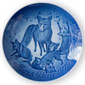 Fox with Cubs 1979, Bing & Grondahl Mother's Day plate
